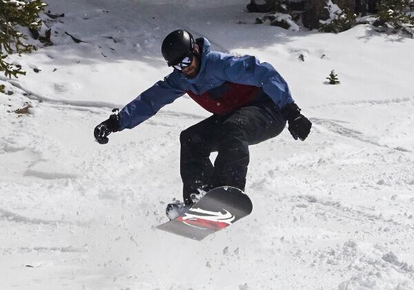 demo snowboard rental packages