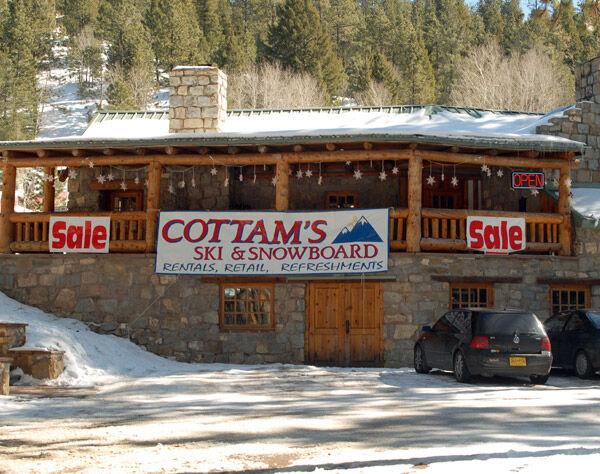 Cottams Santa Fe store front