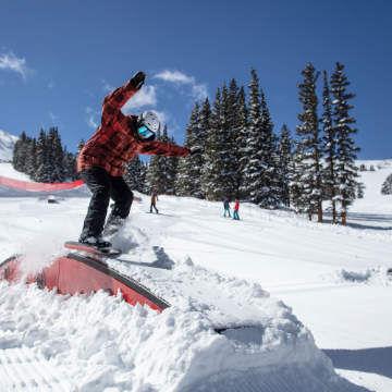 Snowboard Menu Image Left