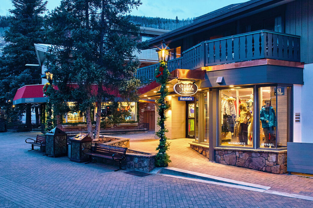 Christy Sports Ski Shop In Vail Village