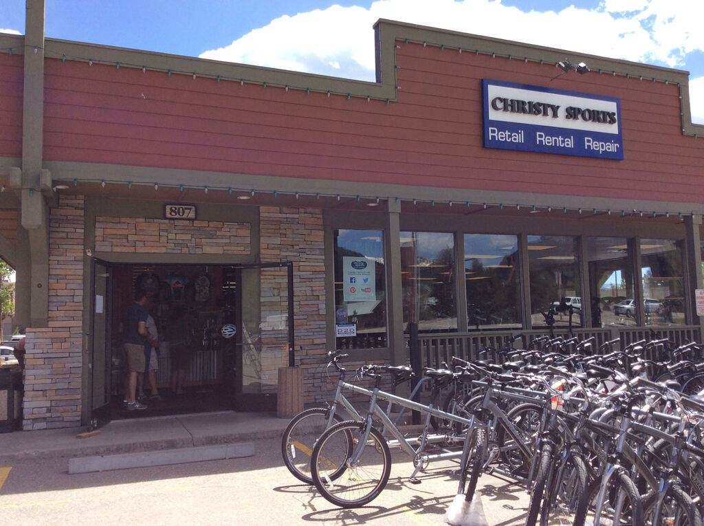 Christy Sports - Frisco Storefront in the summer with bikes outfront