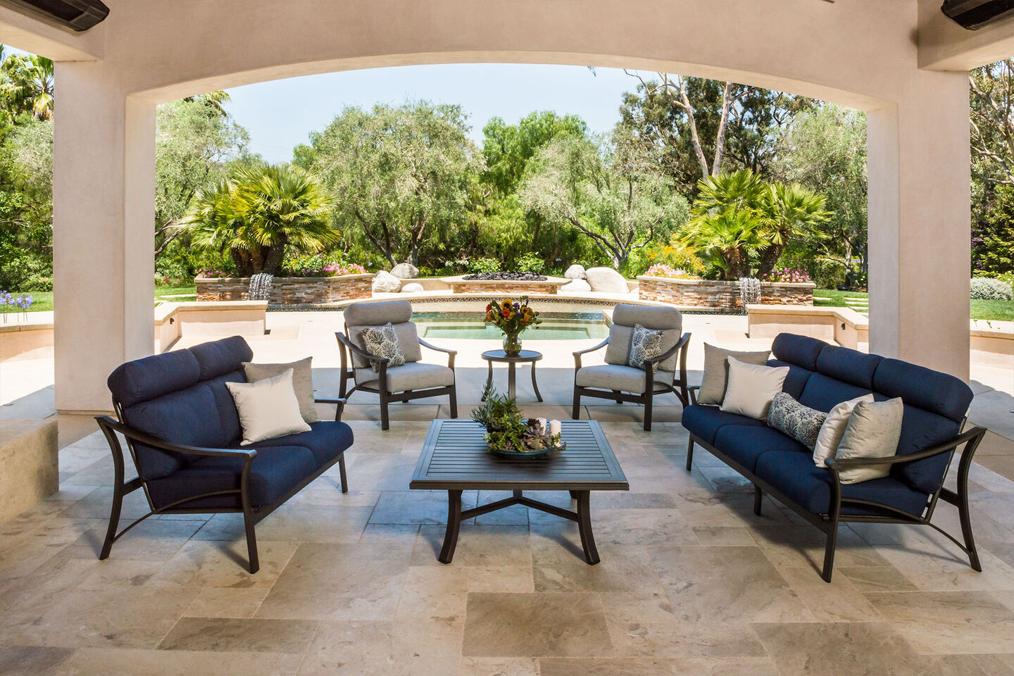 retirement home with commercial outdoor lounge furniture