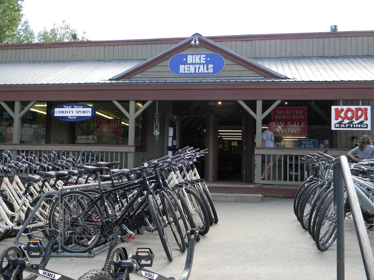 Christy Sports - Breckenridge Lone Star Storefront in the summer featuring bikes for rent