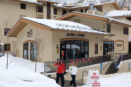 Taos Alpine Xtreme store front